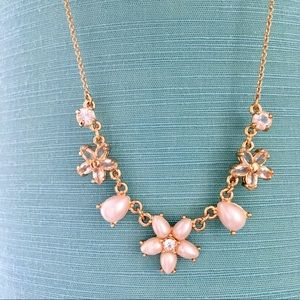 Kate Spade Jewlery golden flowers necklace